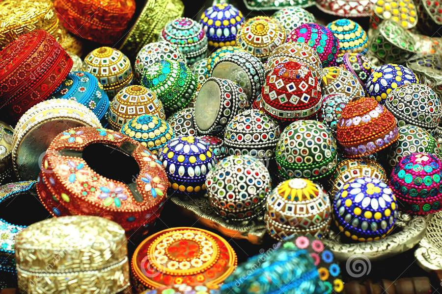 Changes in the world handicraft market