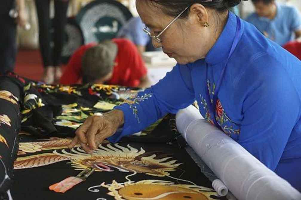 Kimono embroidery village in Vietnam