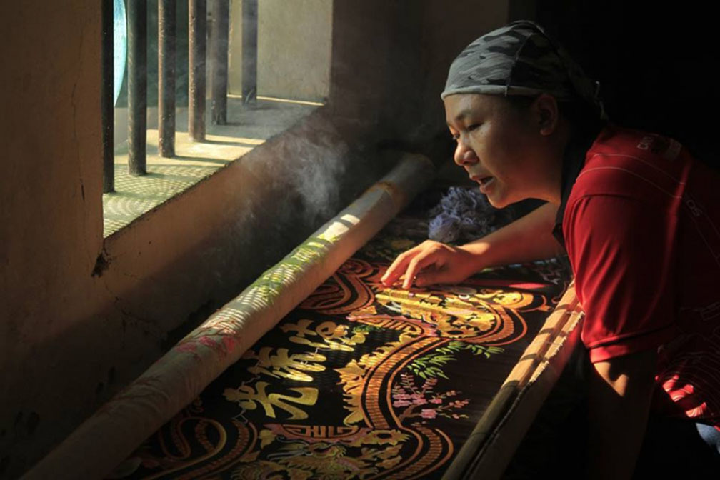 Thanh Ha Embroidery village