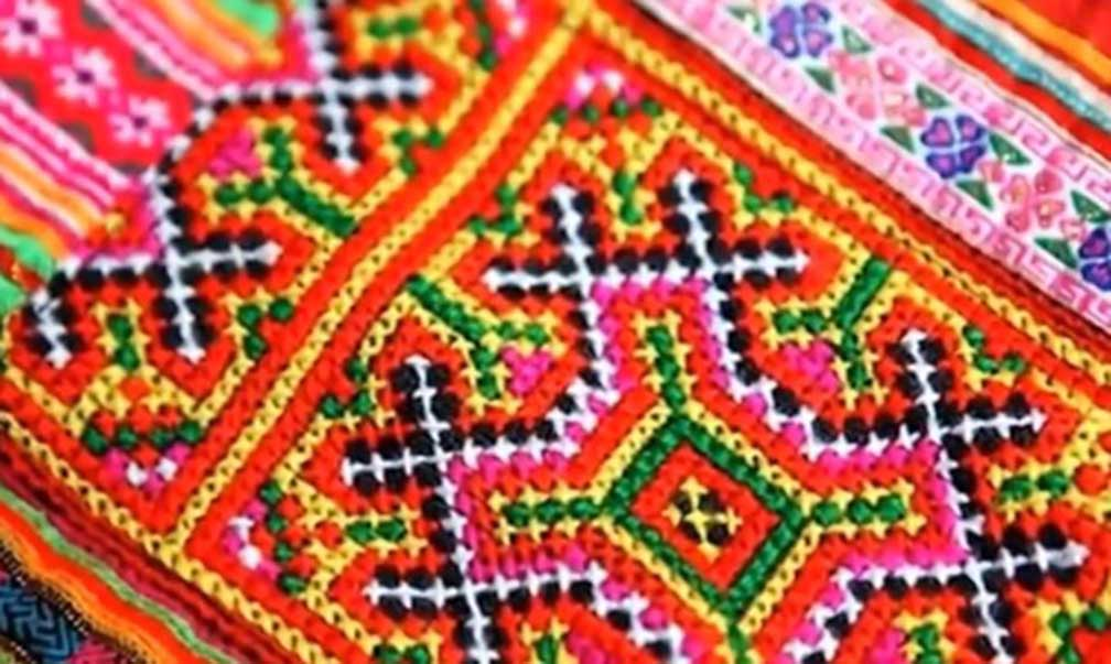 Lung Noi traditional textile